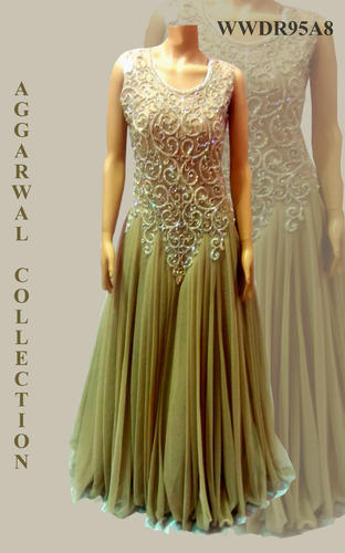Evening Gowns Aggarwal Traders Manufacturer In Chandni Chowk