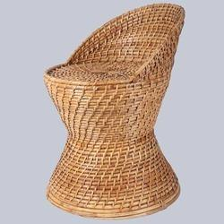 Sitting Back Wicker Murha