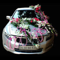 Royal Classic Car Decoration Wedding Car Decoration Blooming