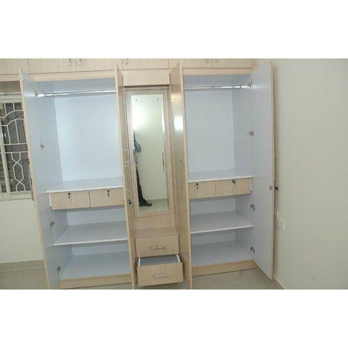 Modular Sliding Wardrobe At Rs 900 /sft