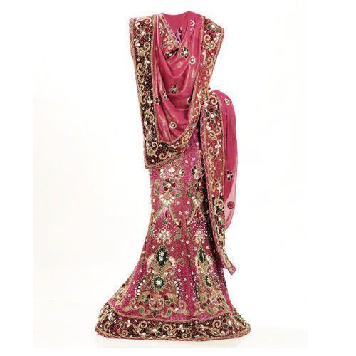 43ebbe9d93 Bridal Lehenga in Agra, दुल्हन का लेहंगा, आगरा, Uttar Pradesh   Get Latest  Price from Suppliers of Bridal Lehenga in Agra