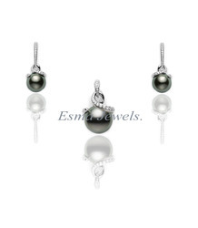 Black Pearl Pendant Set