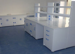 White Wood Corrosion Proof Laboratory Furniture