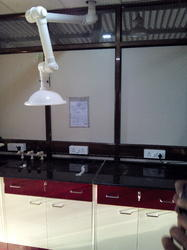 Spot Extractor System With Lab Furniture