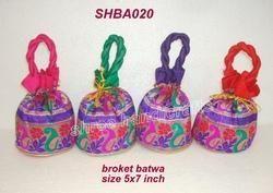 Broket Batwa