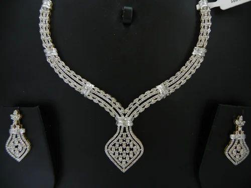 Antique Diamond Necklace ह र क