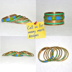 Green Chips Party Set of 7 Resin Bangles