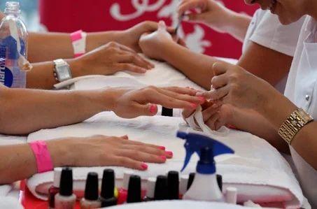 Nail Technician Art and Gel Nails Art Service Provider | MLM Nails ...