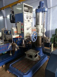 Type V Radial Drilling Machine