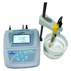 Lab PH Meter, Precision