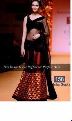b79564a0a44c4 Isha Gupta Replica In Black And Maroon Saree - IconicBiz Online ...