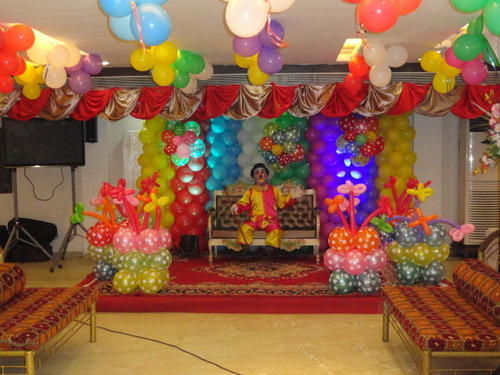 Banquet Hall For Reception Parties Services in Maniktala Kolkata