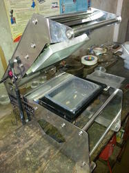 Manual Tray Sealing Machines