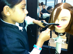 VLCC Institute - Service Provider of Make Up Courses