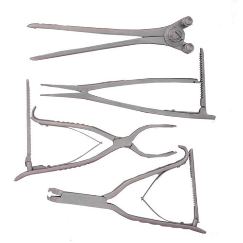 Spinal Instruments at Best Price in India