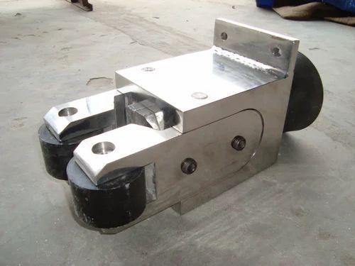 Roller Guide Box, रोलर गाइड बक्सा   Chi Care