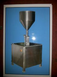 Semi Automatic Honey Filling Machine
