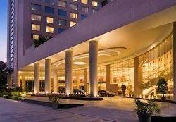 Entrance Of Hotel Marriott Courtyard
