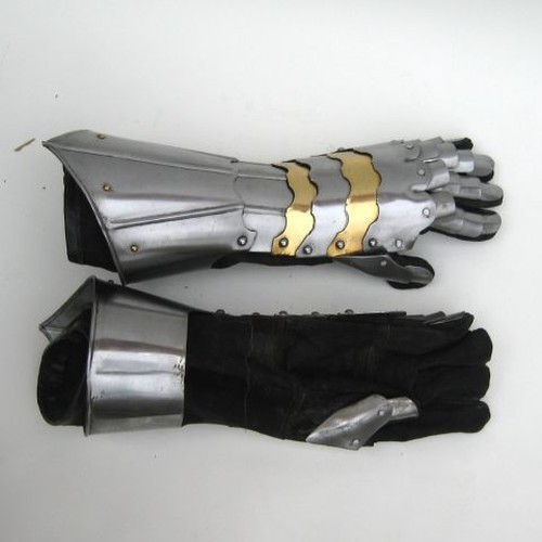 Gauntlet Iron Pair