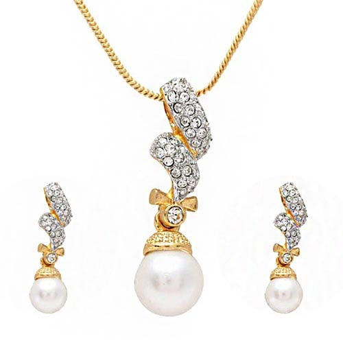 Gold diamond pendant sets sri jaya jewellery wholesaler in gold diamond pendant sets aloadofball Choice Image