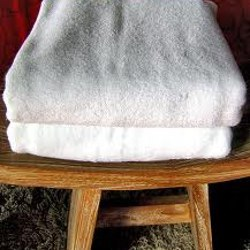 AGC linen White Hotel Towels, 550-650 GSM, Size: 30-60
