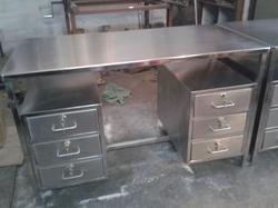 Silver Stainless Steel Table With 6 Drawers