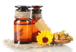Calendula Oil Pure And Natural Certified