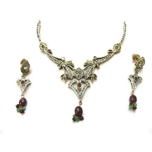 Victorian Necklace Set