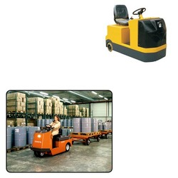 Tow Truck for Warehousing