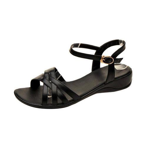 f8e2964af1355 Ladies Leather Sandal in Delhi