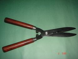 Wooden Handle Hedge Shear