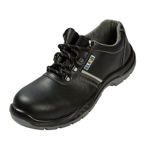Black Sporty Looking Safety Shoe, Size: 6-12