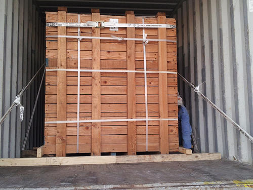 Container Lashing & choking Services