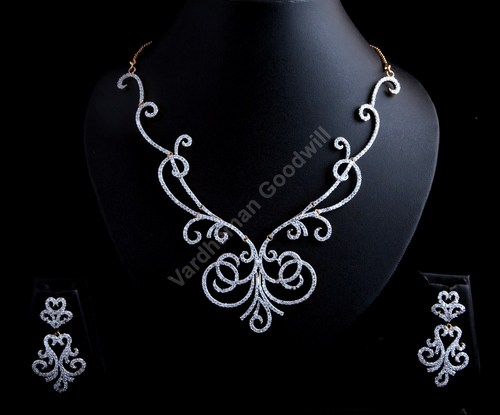 Vardhaman Goodwill American Diamond Necklace Set