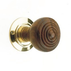 Squeezed Rim Door Knob