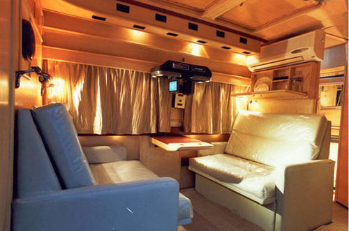 Iuxury Caravan Body Fabrication Services