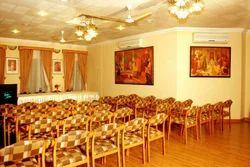 2 Banquet / Conference Halls