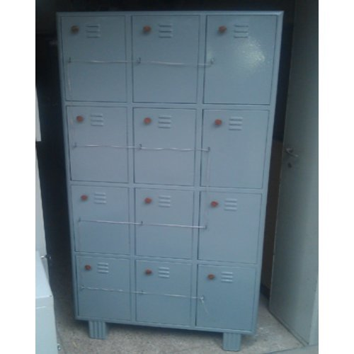 12 Door Worker Lockers