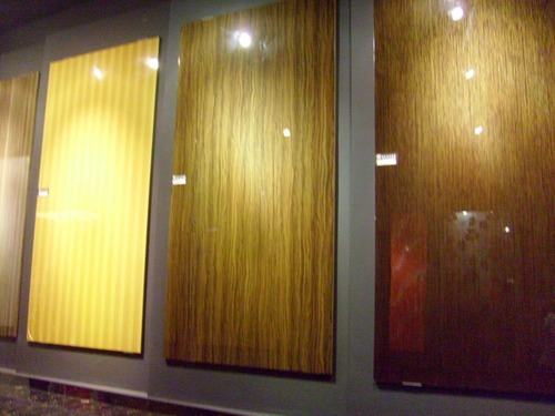 Melamine Glossy Clear For Wood Finishes