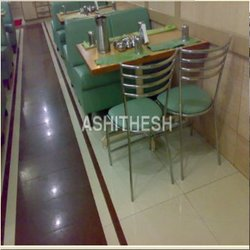 Ashitesh Metal Hotel Furniture, Seating Capacity: 4, Warranty: 1 Year