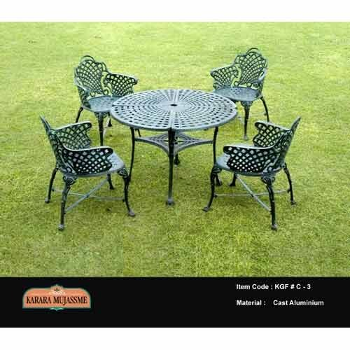 Vintage Cast Aluminum Outdoor Garden Chair Set