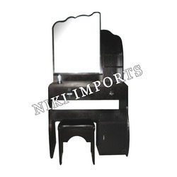 Designer Mirror Dressing Set