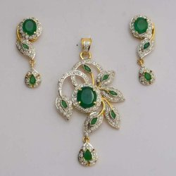 Diomand pendant sates blue pendent manufacturer from jaipur diamond emerald pendent sets mozeypictures Choice Image