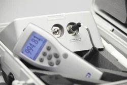 PTB330TS Portable Barometric Pressure Transfer Standard