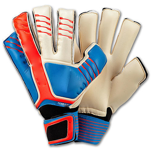 best loved 020ac 113aa Goalkeeper Gloves at Best Price in India