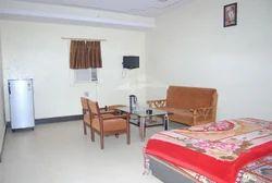 Queen's Suite Room