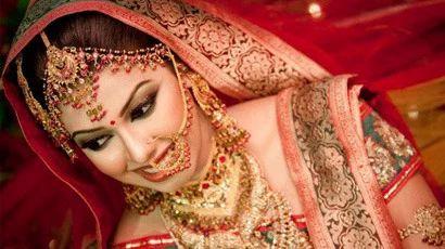 Mehndi Bride Makeup : Bridal makeup at home make up services ghar