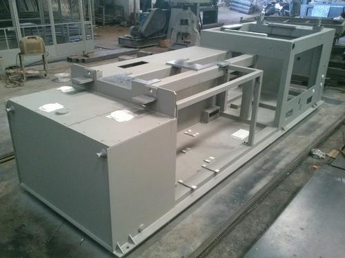 Plastic Injection Moulding Machine Parts - Bed Fabrication Services