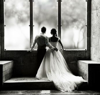 Stylish Photography Couple Photography Service Provider from
