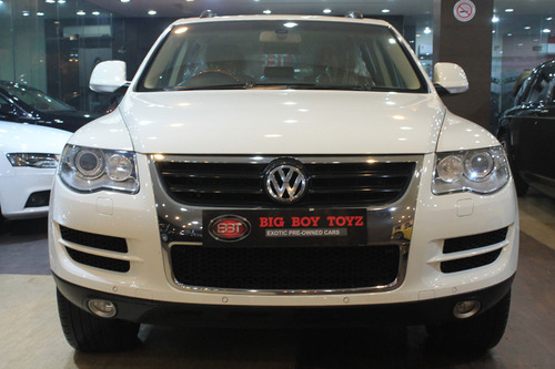 Luxury Cars And Volks Wagon Toureg Manufacturer Big Boy Toyz New